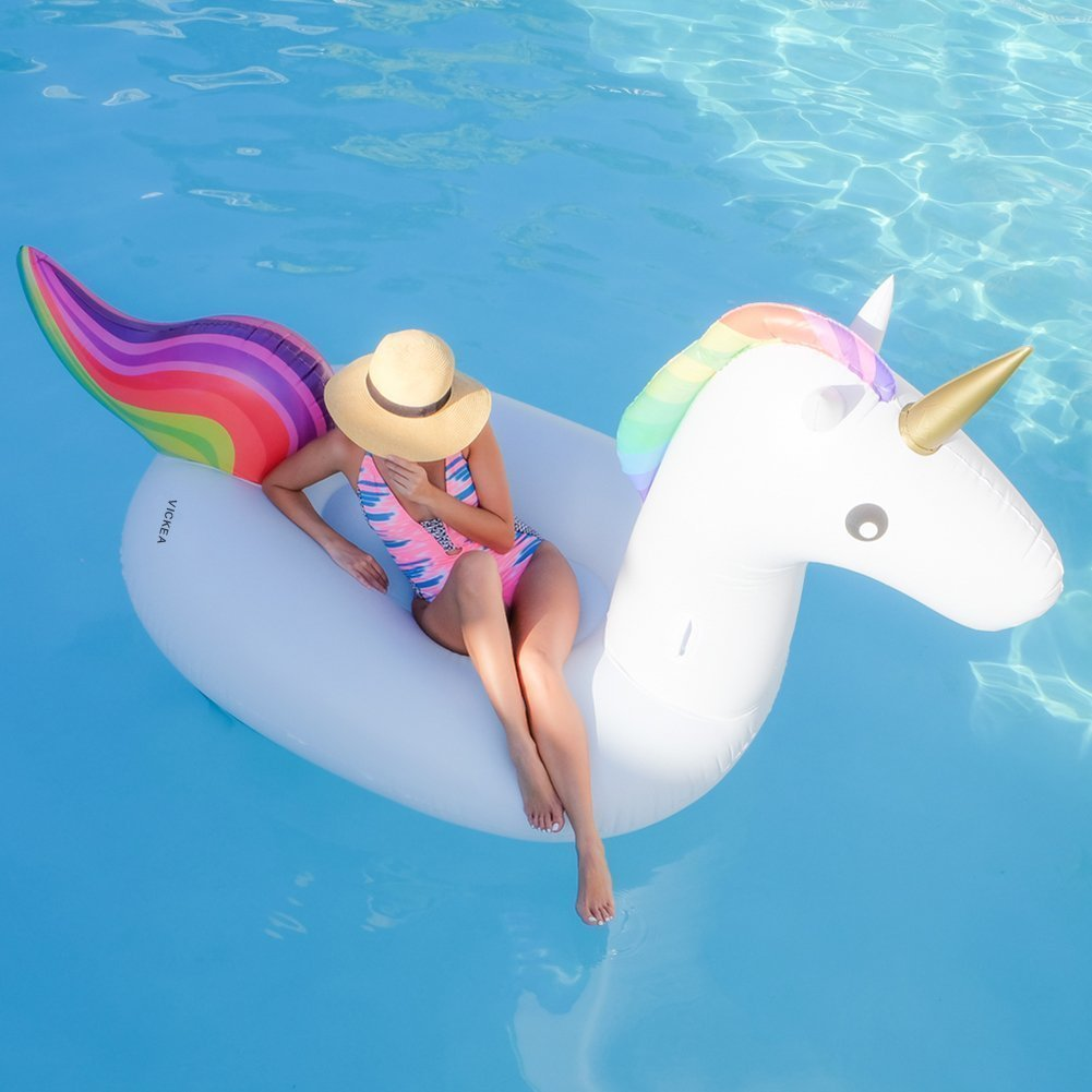 Unicorn Pool Float - The most Instagram worthy Pool Floats Summer 2017