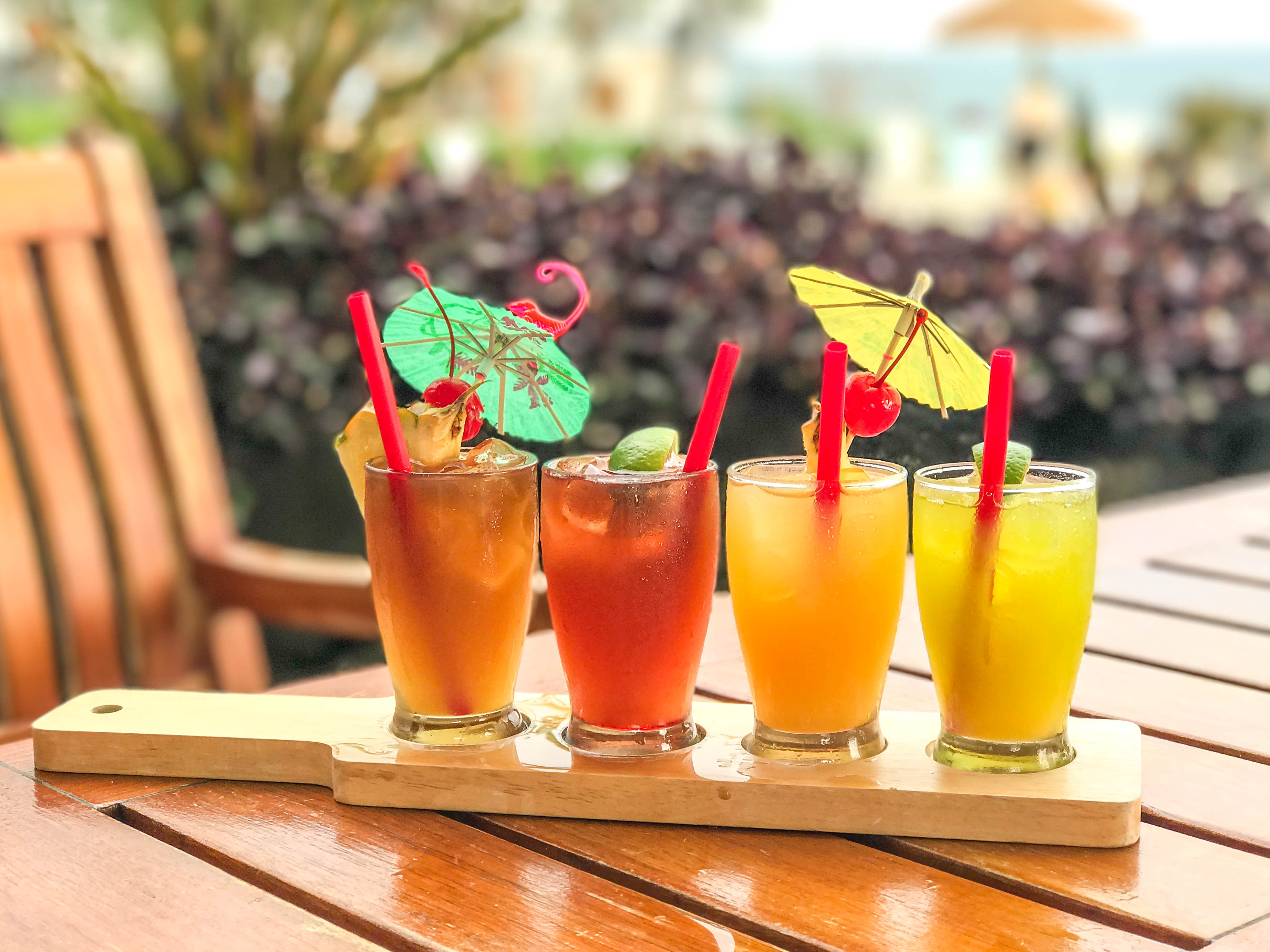 Don's Mai Tai Bar - The Best Bars in Kona, Hawaii